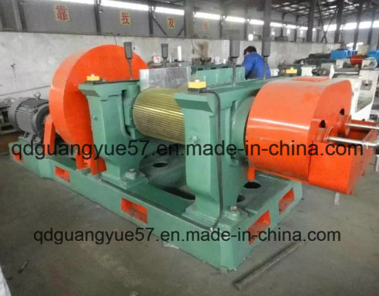 Professional Rubber Cracker / Waste Tyre Recycling Rubber Crusher Mill Xkp560