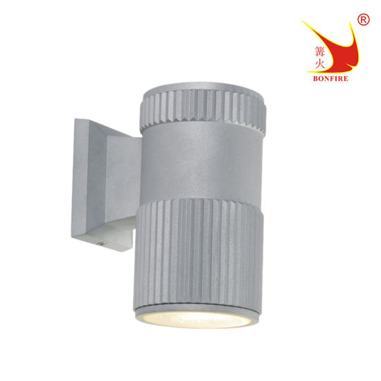 Ce RoHS Approved Die-Cast Aluminum Outdoor Wall Light