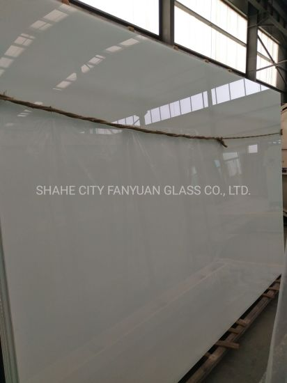 Milky White Laminated Glass with Polished Edge