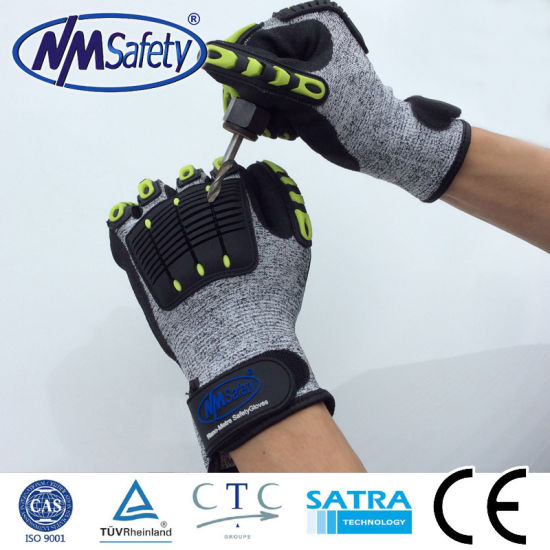 Nmsafety TPR Sewing Anti-Impact Safety Glove pictures & photos