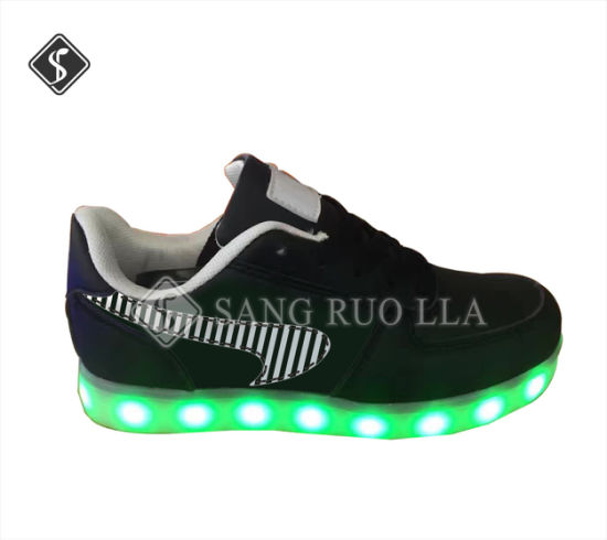 Top Level LED Light Sports Casual Shoes pictures & photos