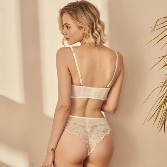 Sexy Lace Women Bra and Panties Underwear Lingerie Set Can Be OEM/ ODM Design