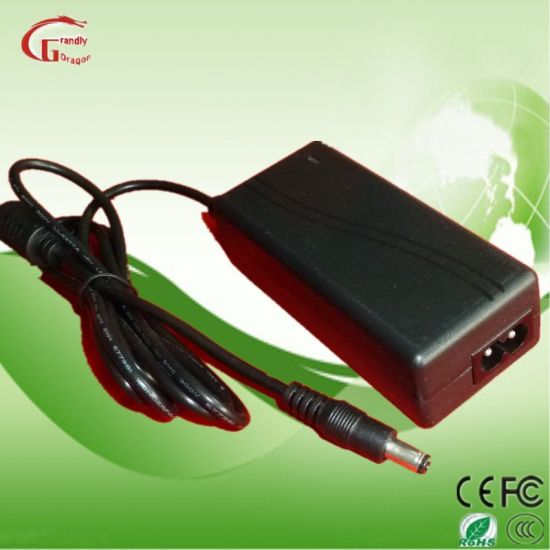 Factory Power Supply Switching AC DC Power Adaptors 12V 5A pictures & photos