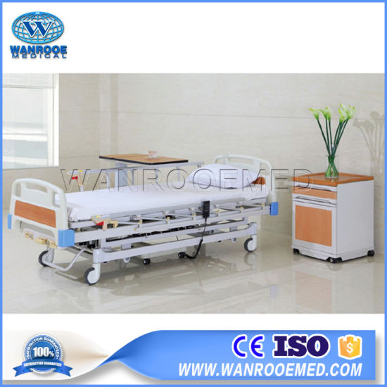 Bae303mA Factory Direct Sell Adjustable Electric Hospital Medical Bed pictures & photos