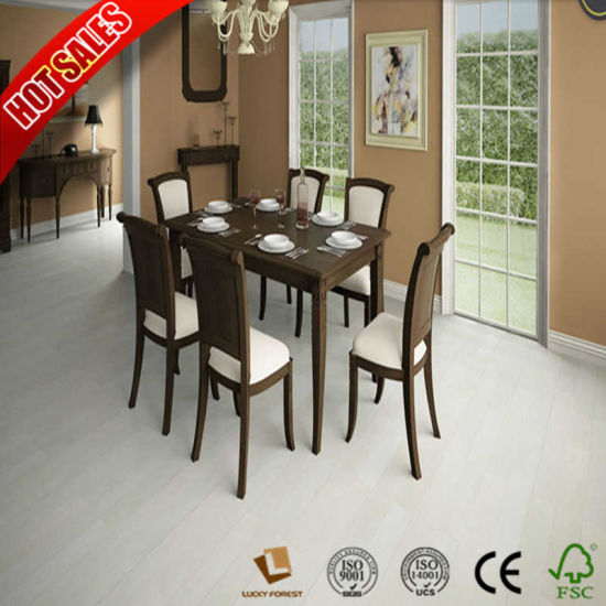 China Quick Step Color Laminate Flooring V Printed Groov Best Price
