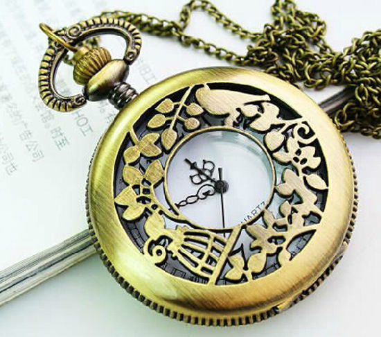 2020 New Design OEM Music Pocket Watch pictures & photos