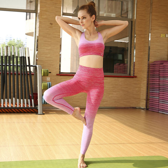 d278130f8e 2018 New Hot Selling Hot Style Women′s New Stitching Leggings and Bra Suit  Sets Sports Fitness Women Gym Yoga Suit