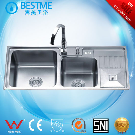 China Counter Or Under Mount Stainless Steel Sinks With Soap Holder