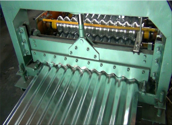 Dixin Corrugator Roof Tile Making Machine with Good Price pictures & photos