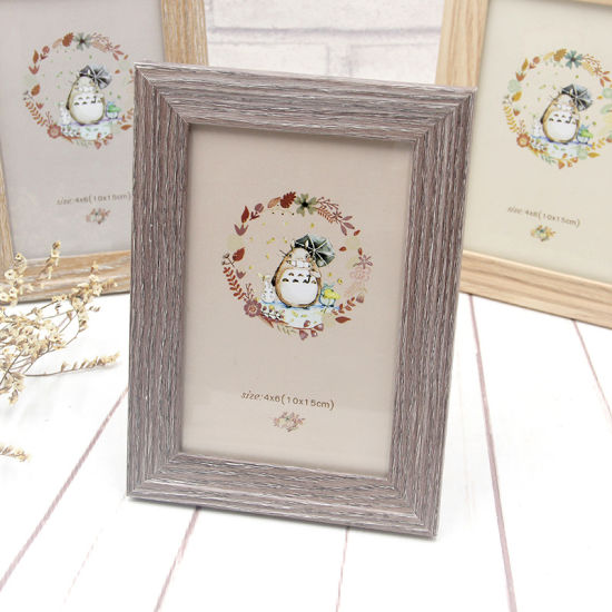 Wholesale China Factory Wood Picture Frame for Photo pictures & photos