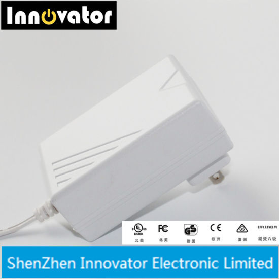 Certified 24V 0.625A 15W White AC DC Power Adapter