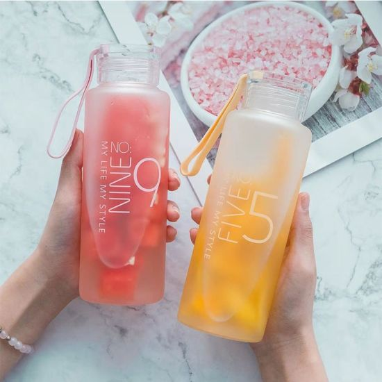 Hot Selling Frosted Glass Water Bottle with Different Colors