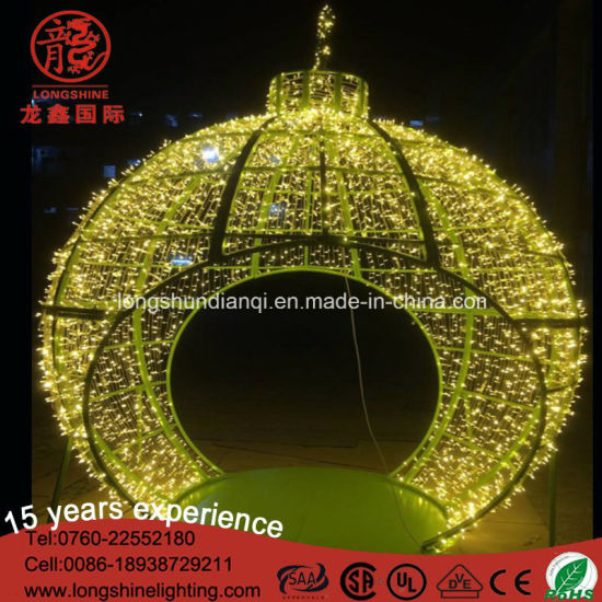 LED Fountain Gaint Ball Motif Light for Christmas Decoration