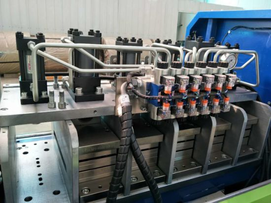CNC Control System Truss Forming Machine pictures & photos