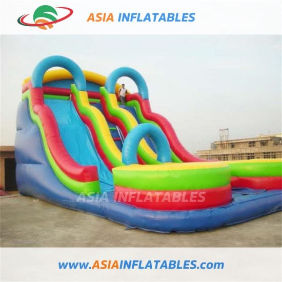 China Wholesale Giant Fun City Jumping Castle with Slide pictures & photos