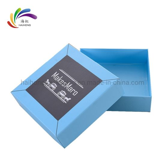 Customized Paper Square Package Gift Box for Scarf pictures & photos
