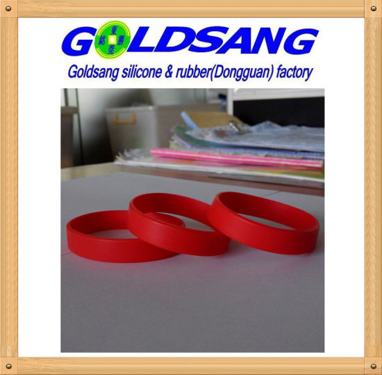 2016 Customized Logo Printing Silicone Bracelet pictures & photos
