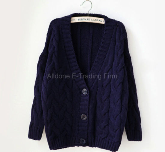 Knitted Ladies Women Hemp Flowers Bat Cardigan Cape Coat Sweater pictures & photos