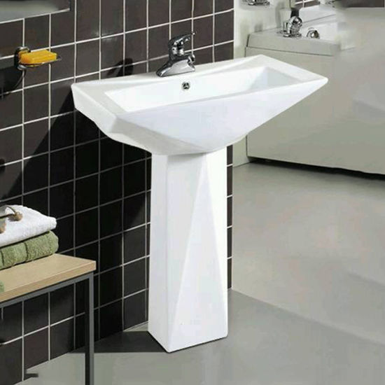 Porcelain Bathroom Pedestal Washbasin pictures & photos