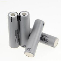 18650 Lithium Ion Rechargeable Cylindrical 3.7V 2400mAh Battery