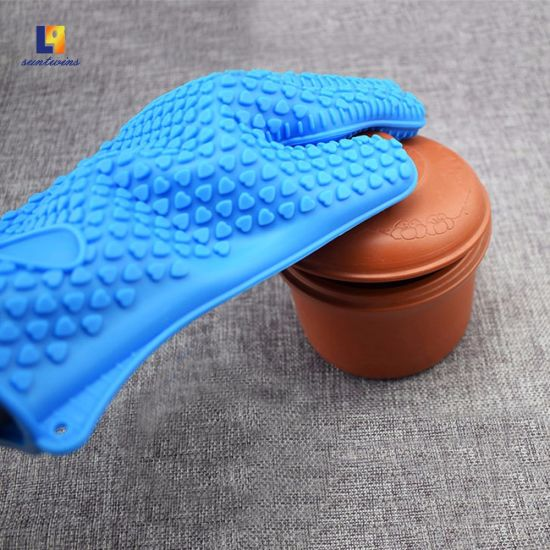 Wholesale High Temperature Resistance Kitchen Tool Rubber Silicone Insulated Gloves