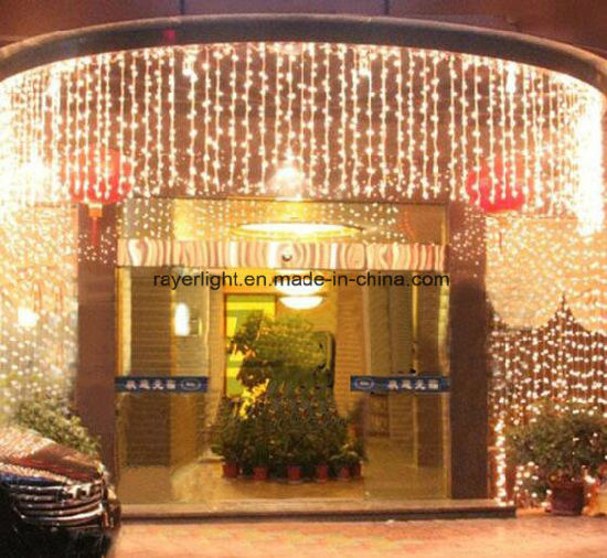 Factory Direct IP44 3*1m Wedding Decoration LED Curtain Light pictures & photos