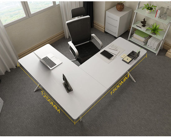 Office L-Shape Workstation Desk in Wooden with Front Screen pictures & photos