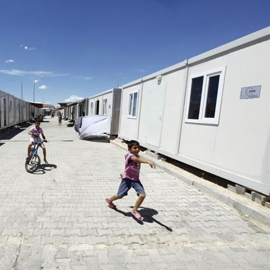 Low Cost Prefabricated Accommodation Containers Refugee Camp for Homeless People pictures & photos