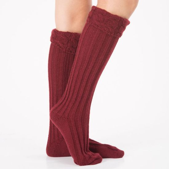 OEM Manufacturer Direct Supply Lowest Price Women Polyester Cotton Yarn Socks pictures & photos