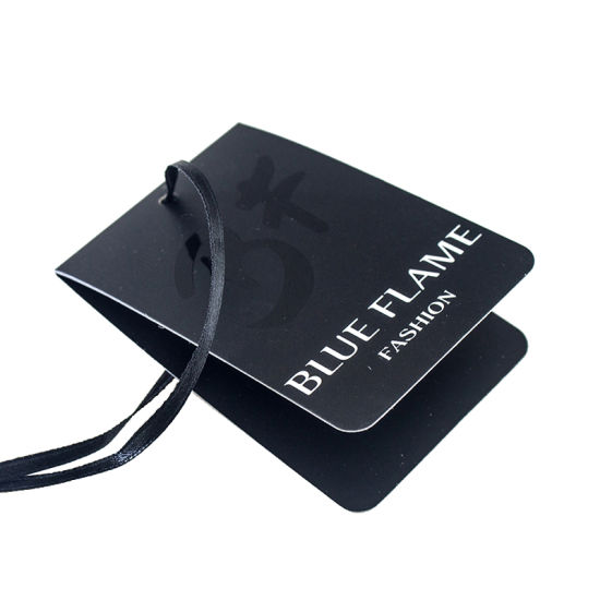 Matte Lamination UV Logo Center Folded Clothing Black Paper Hang Tag pictures & photos