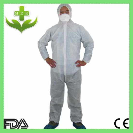 Xiantao Factory PP Non Woven Disposable Coverall pictures & photos