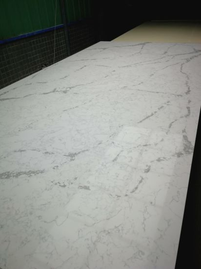 Artificial Quartz Surfaces for Kitchen Countertop pictures & photos