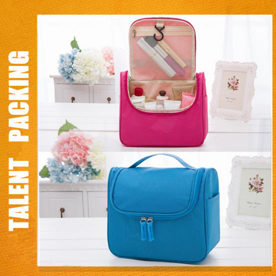 86c492deac0b China Large Capacity Cosmetics Organizer Makeup Bag Wash Bag for ...