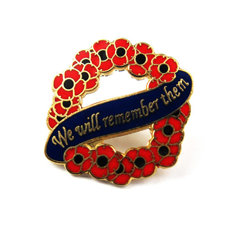 We Will Remember Them Wreath Red Poppy Badge with Ribbon pictures & photos