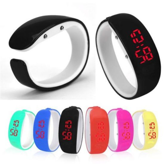 Silicone Plastic Touch Screen LED Digital Watch pictures & photos