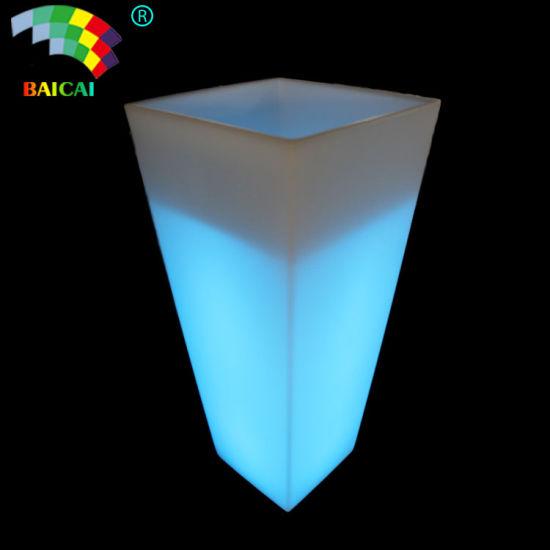 Outdoor Plastic LED Flower Pot