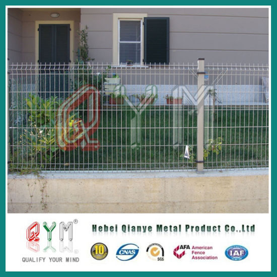China PVC Coated Steel Welded Mesh Fencing / Metal Wire Fence Panels ...