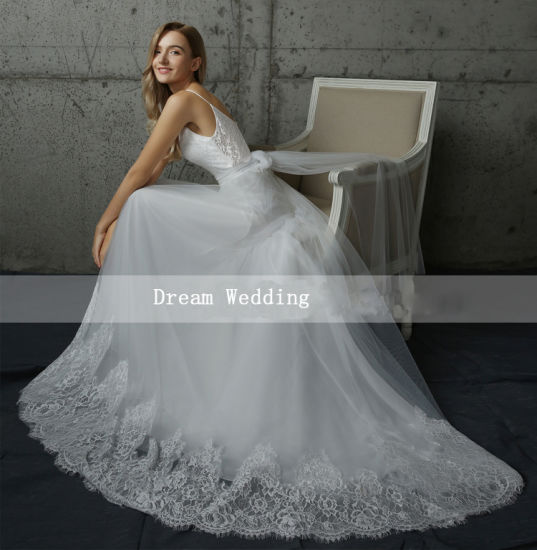2017 Spaghetti Double Straps Chapel Train A-Line Wedding Dress Outdoor pictures & photos
