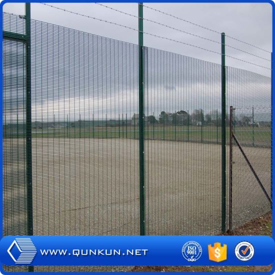 China Professional Fence Factory Anti-Climb Perimeter Fencing Security on Sale pictures & photos