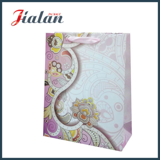 UV Printing Customize Cheap Wholesales High End 3D Paper Bag pictures & photos