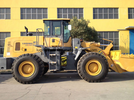 Heavy Duty Lq956 Wheel Loader with Ce pictures & photos