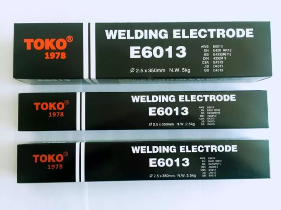 Non-Smoke Welding Rods Aws A5.1 E6013 2.5 X 350mm pictures & photos