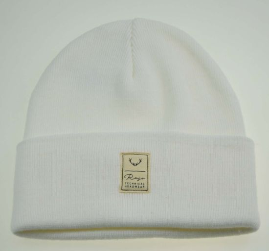 100% Acrylic White Knitted Beanie Hats with Woven Label
