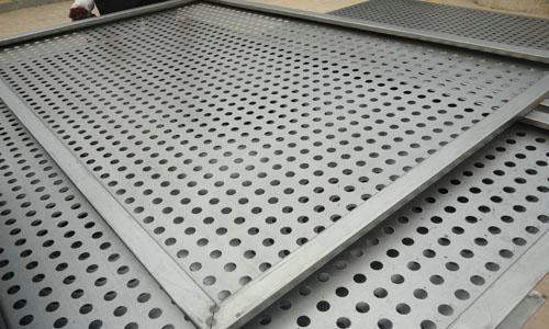 Tec-Sieve Round Hole Perforated Sheet Metal with Bent Edges