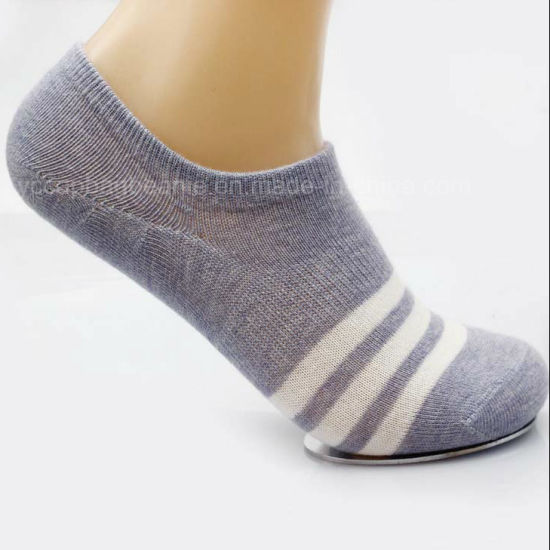 Female Socks/Ms Cotton Low Tube Socks/Lovers Fashion Stealth Ship Socks pictures & photos