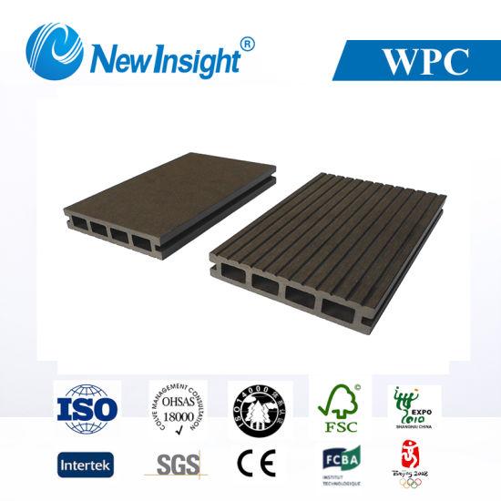 Anti- UV and Waterproof Wood Plastic Composite Flooring (LHMA055)