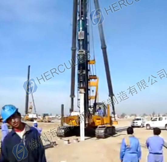 Crawler Type Diesel Hammer Piling Rig Piling Machine pictures & photos