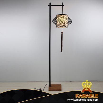 Chinese Style Contemporary Home Decoration Bamboo Floor Stand Lamp (KAPLD-0155) pictures & photos