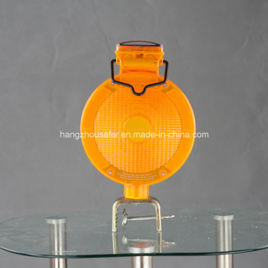 Amber Color Solar Warning Light/Traffic Warning Light (S-1359A) pictures & photos