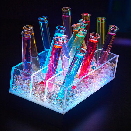 2017 New Style Customized Bar LED Acrylic Cocktail Stand pictures & photos